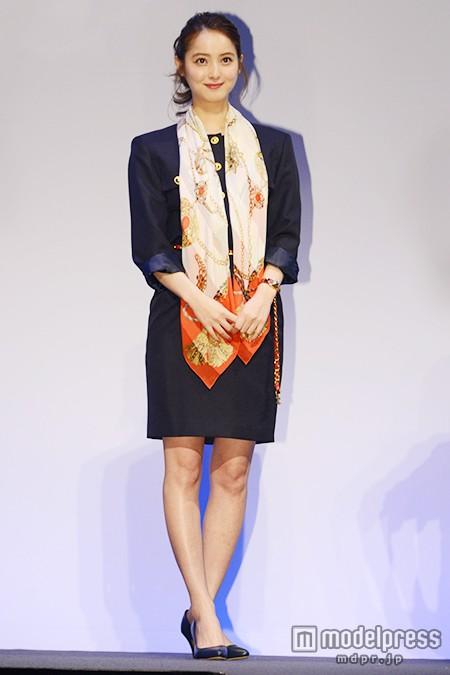 佐々木希が80年代のボディコン姿を披露 ドラマ「THE LAST COP/ラストコップ」の完成披露試写会で唐沢寿明が絶賛4