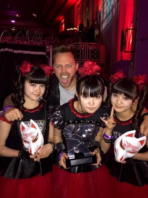 BABYMETAL、英国音楽誌「KERRANG!」主催の「KERRANG! AWARDS 2015」で日本人初受賞3