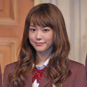 桐谷美玲、制服姿は「ギリギリアウトな感じだった」と苦笑