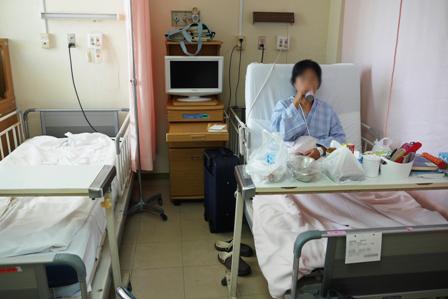 一般病室6人部屋 P1060328