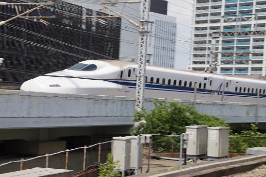 新幹線N700-Advance
