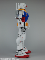 HGUC_RX-78-2_16_RightSide2.png