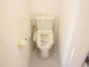 プラリトイレ