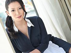 【無修正】【中出し】淫美熟女 ホテル客室係 北島玲