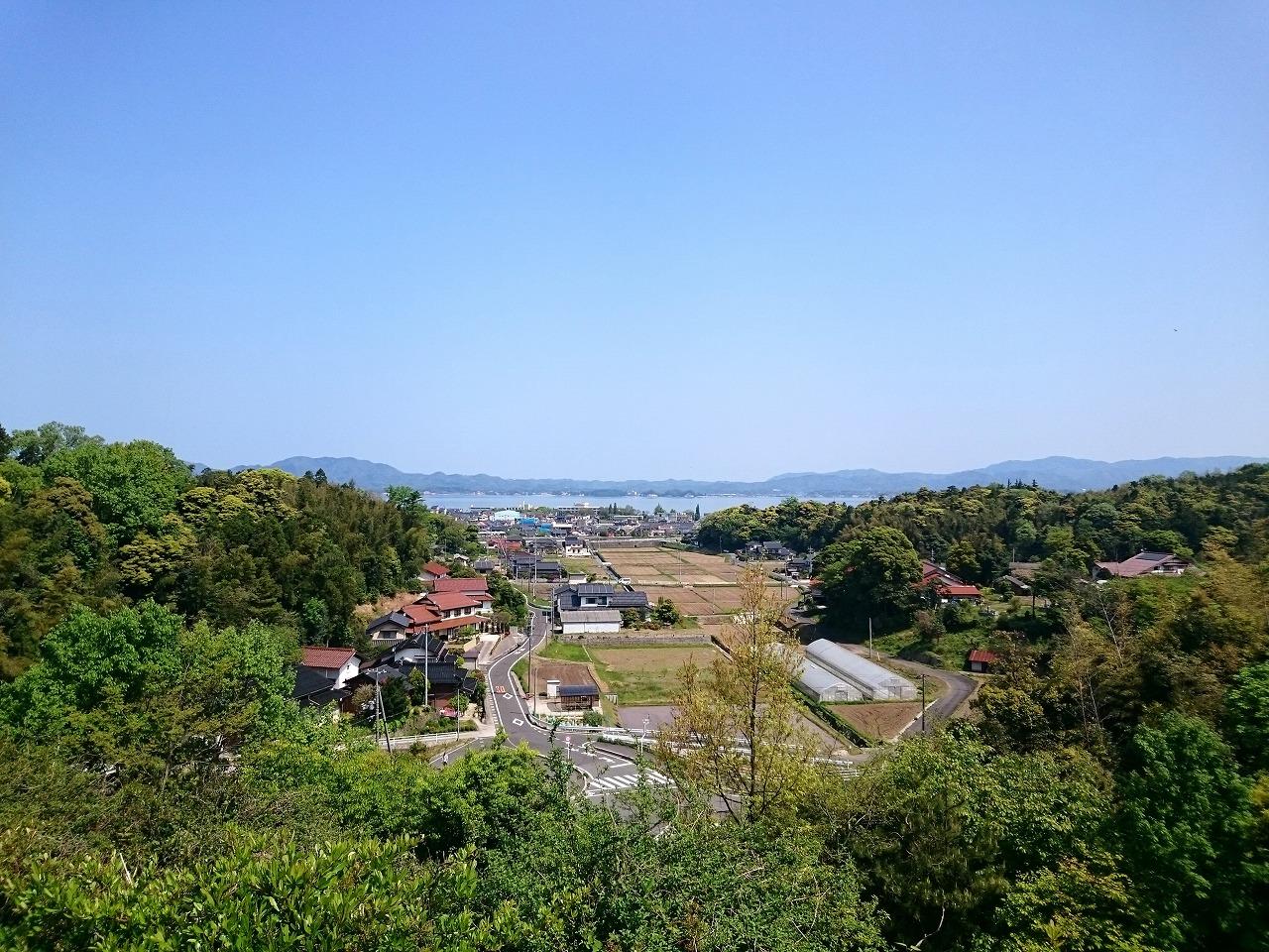 20150501-03_LakeShinji.jpg