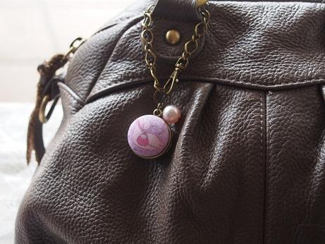 ねんねこうのとり紫写真4