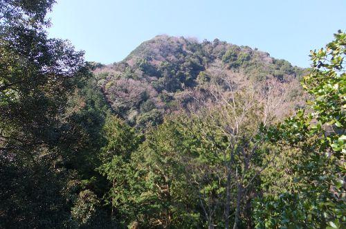 稜線から見た鷲頭山
