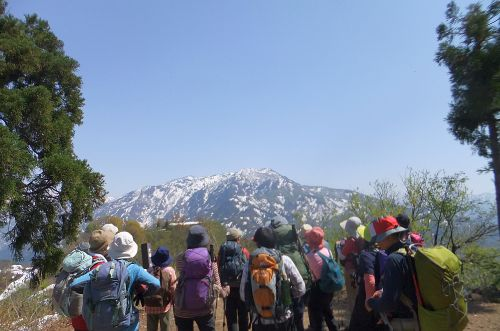 八海山を眺める