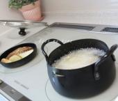 ポテト&ハンバーグ調理中