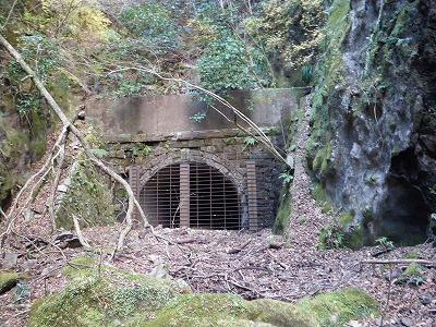 旧トンネル
