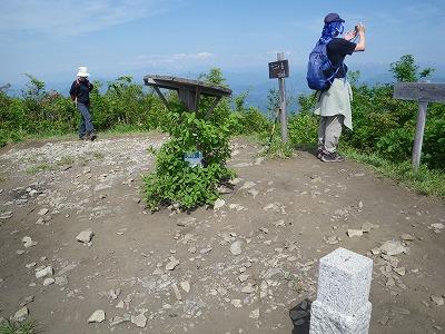 十二ヶ岳頂上