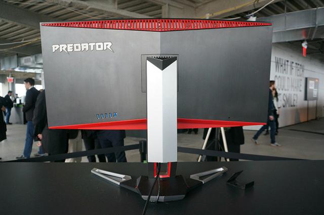 Acer_Predator_Z35_03.jpg
