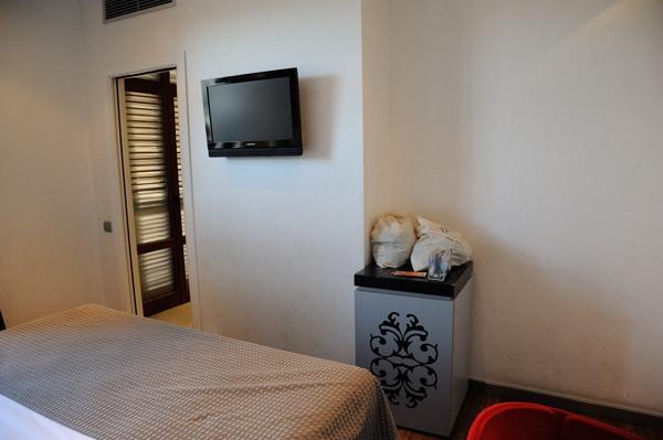 ホテル部屋3