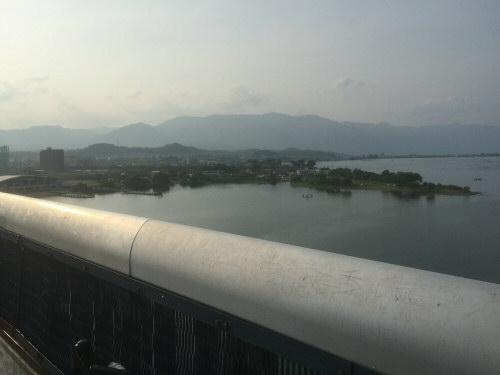 琵琶湖大橋からの風景