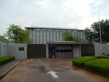 バンコク2015.2フライドチキン・日本大使館