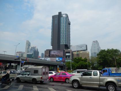 バンコク2015.2フライドチキン・ルンピニ駅
