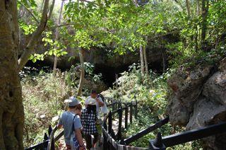 Jeep tour Saturno cave