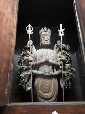 高縄寺十一面千手観世音菩薩立像2