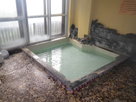 折立温泉 やまきや旅館 内湯