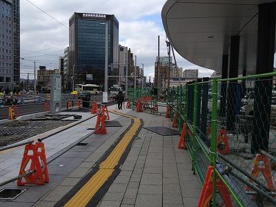 富山駅前歩道