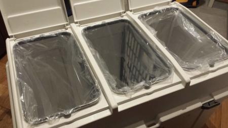 ホーム&ホーム 3分類ゴミ容器 120T グレー 40L×3★屋外設置可の防水タイプ 分別用シール付