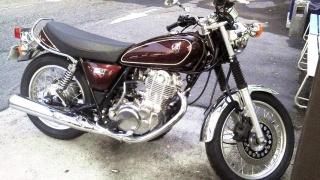 150609_3161友人の新たなバイク_ヤマハSR400納車150608_854x480