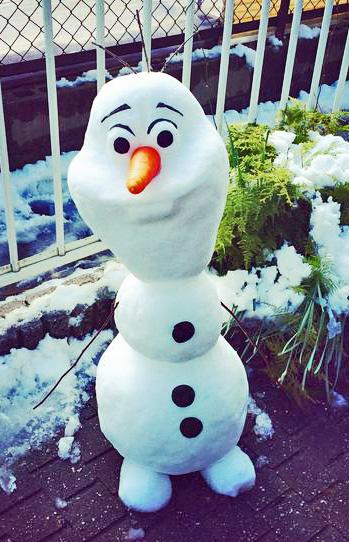 オラフ雪だるま
