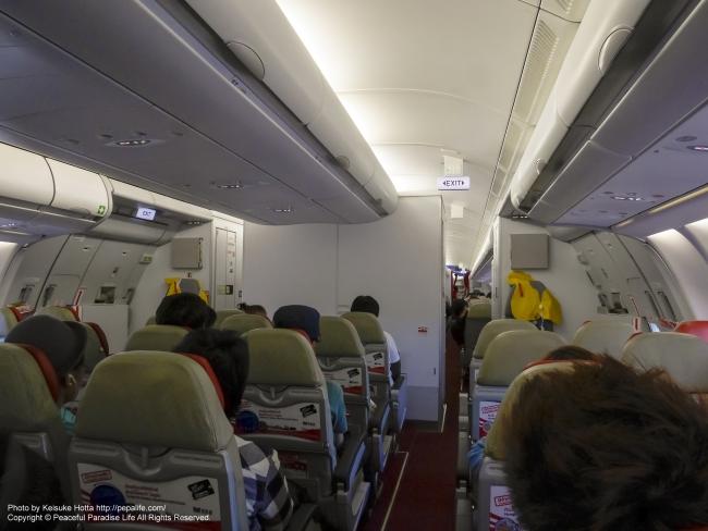 タイ・エアアジアX XJ601便の機内