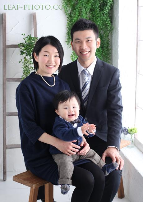 家族写真 自然な記念写真