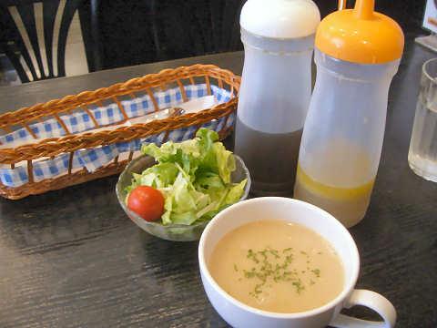 カップスープ・ミニサラダ@洋食屋マーサン