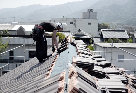 『カフェキッチンのあるフレンチハウス』 屋根工事