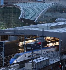 金沢発一番列車