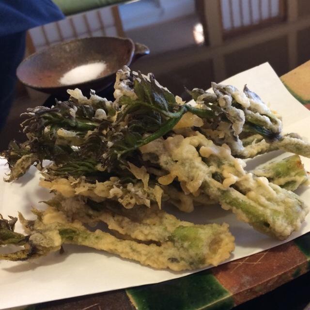 北海道千歳市産タラの芽の天ぷら