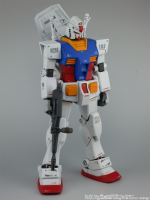 HGUC_RX-78-2_12_RightFront2.png