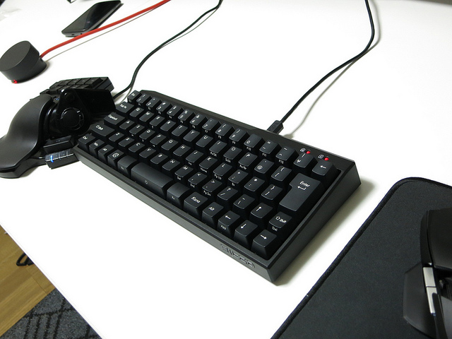 Compact_Mechanical_Keyboard2_03.jpg