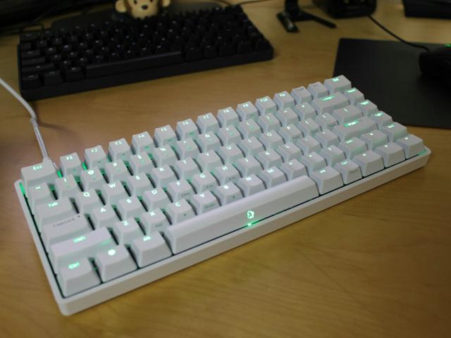 Compact_Mechanical_Keyboard2_12.jpg