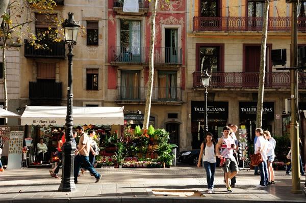 Barcelona ~ランブラス通りでマリリンモンローに出会った~